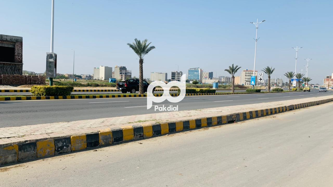 Dha Phase 7 Block Cca 3 Ideal Location 4 Marla Plot For Sale